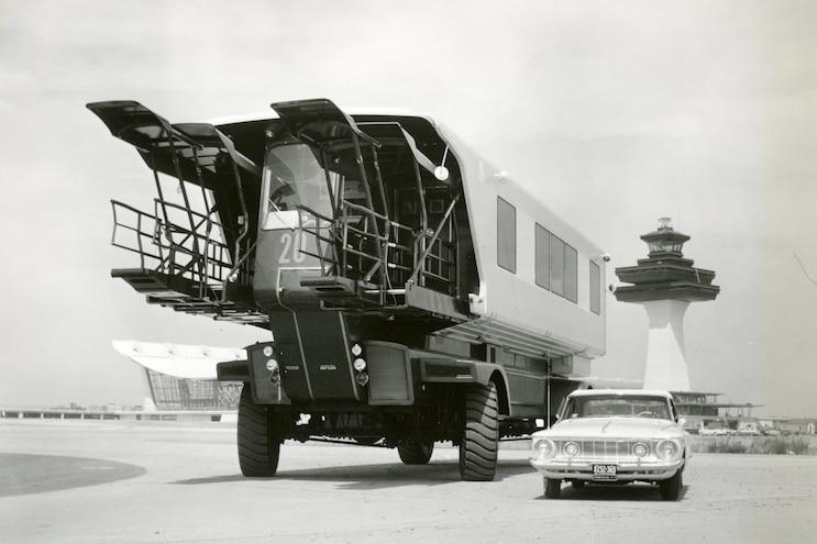1962 Mobile Lounge
