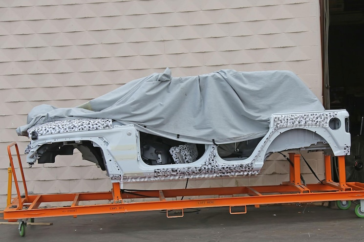 SPIED: Images of 2018 Jeep Wrangler JL Body Shell Surface