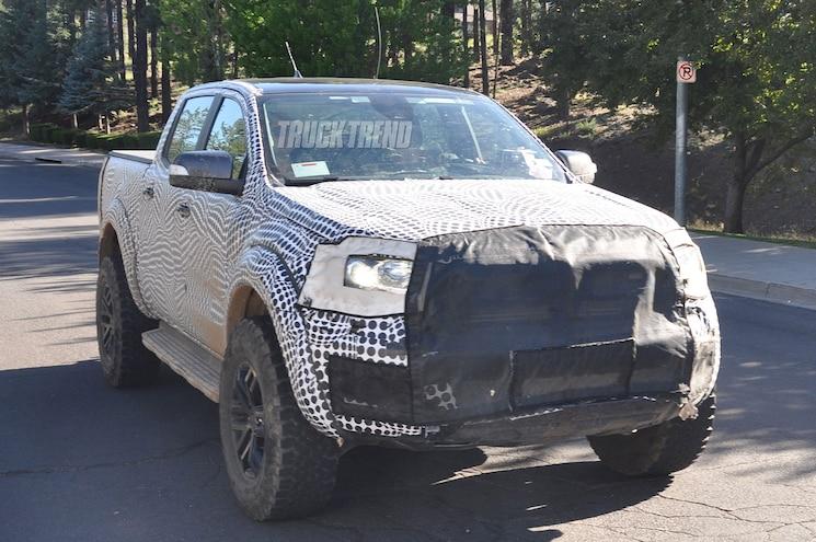 2019 Ford Ranger Raptor Front Quarter 02