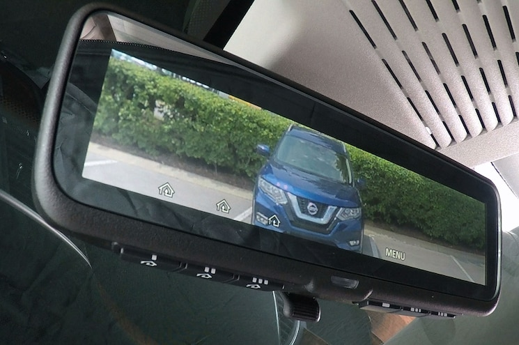 Nissan Puts Intelligent Rear View Mirror in 2018 Armada Platinum
