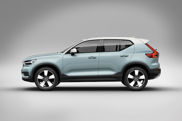 2018 Volvo Xc40 Exterior Studio Side Profile 02