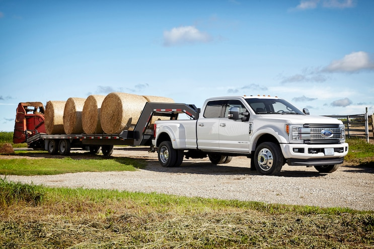 Ford Announces Class-Leading Power and Capability for 2017 Super Duty