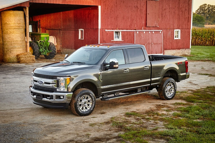 2017 Ford F Series Super Duty Xlt Front Three Quarter