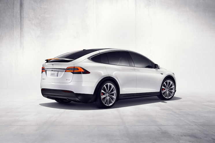 2016 Tesla Model X Rear Three Quarter With Active Spoiler