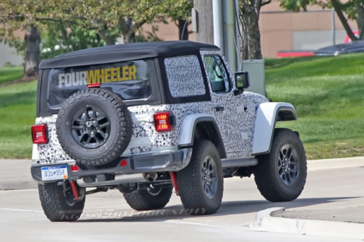 2018 Jeep Wrangler Jl Rear Quarter 05