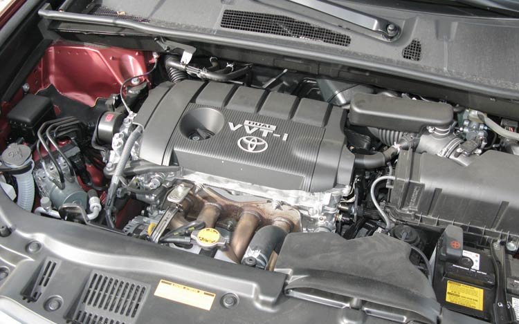 2009 Toyota Highlander I 4 First Drive engine View