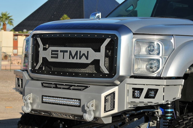 2015 Ford F450 Platinum Standout Grille