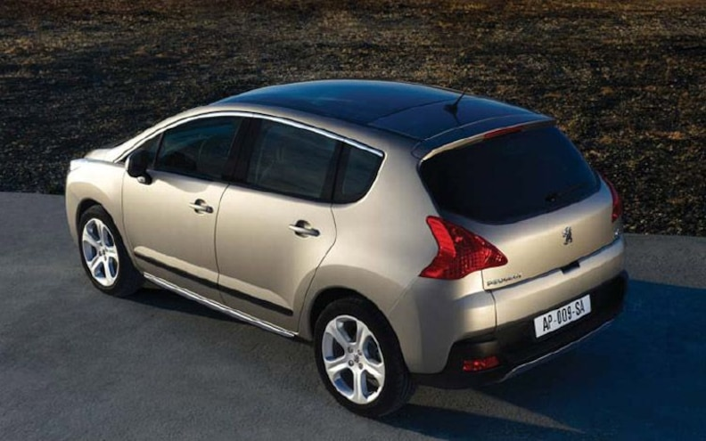 peugeot 3008 rear Drivers Side View