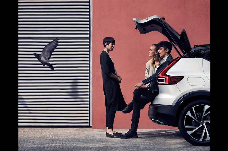 Volvo Releases XC40 Teaser on Twitter, Will Reveal Compact SUV September 21