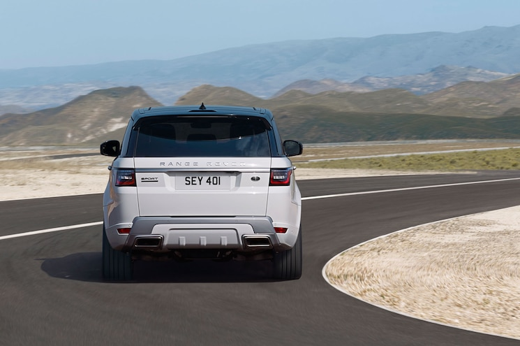 2018 Range Rover Sport P400e Exterior Rear View In Motion