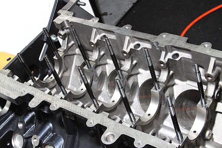004 Ford Modular 3 Valve V8 Arp Studs