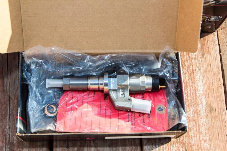 004 Lb7 Duramax Fuel Injector Install