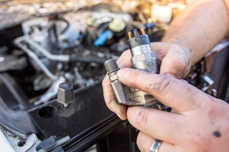 Lb7 Duramax Fuel Injector Install O Rings Installation
