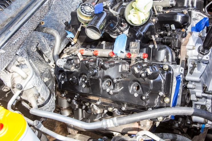 017 Lb7 Duramax Fuel Injector Install