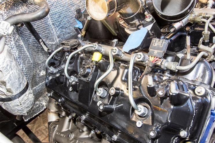 023 Lb7 Duramax Fuel Injector Install