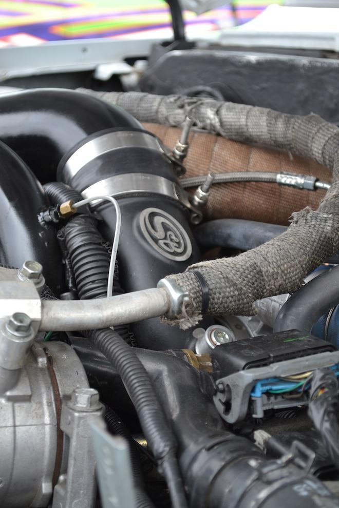 007 1989 Chevy K30 SandB Intake