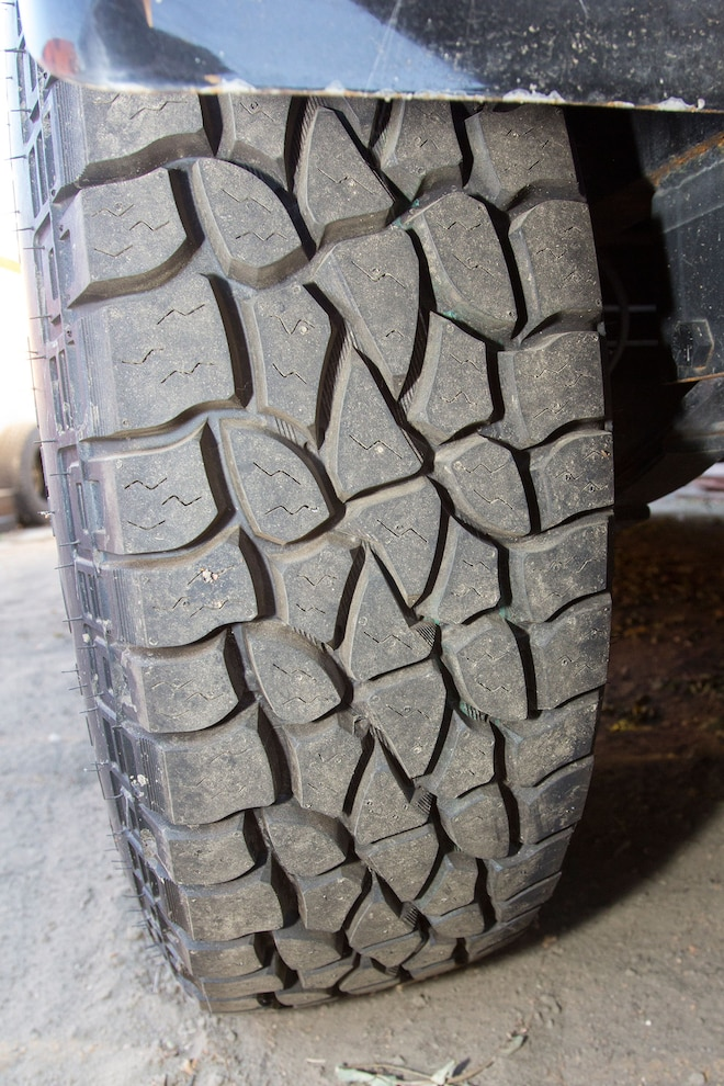 005 Mickey Thompson Baja Stz Radial