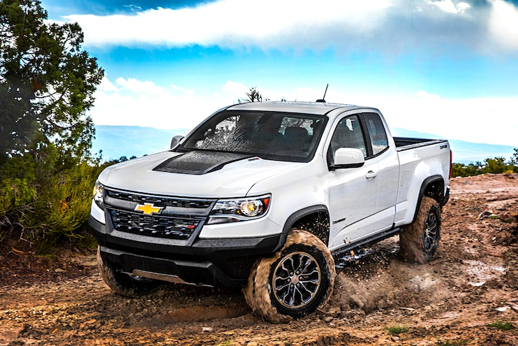 Buyers Guide 2018 Chevrolet Colorado Zr2 Front Driver Side Motion