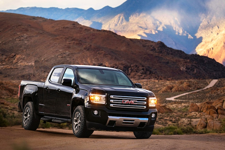 Buyers Guide 2018 Gmc Canyon Front Passenger Side Static