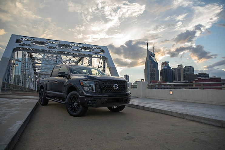 Buyers Guide 2018 Nissan Titanxd Front Passenger Side Static