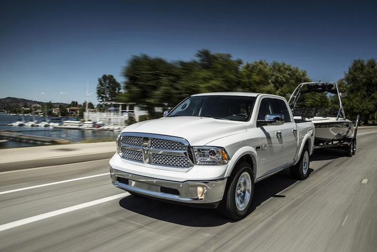 Buyers Guide 2018 Ram 1500 Ecodiesel Front Driver Towing Motion