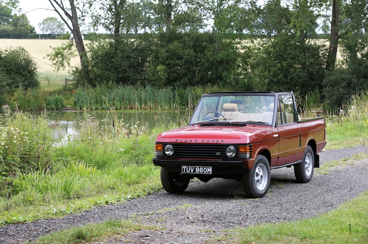 1973 Range Rover Convertible By Special Vehicle Conversions Front Quarter 02