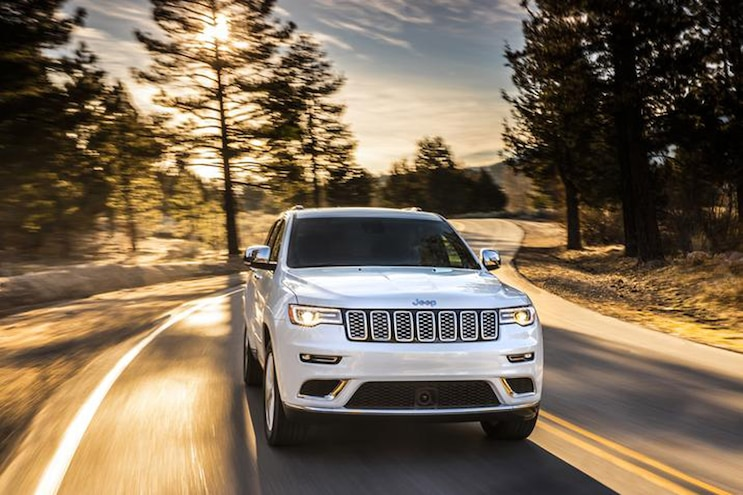 2018 Jeep Grand Cherokee Front Passenger Side Motion
