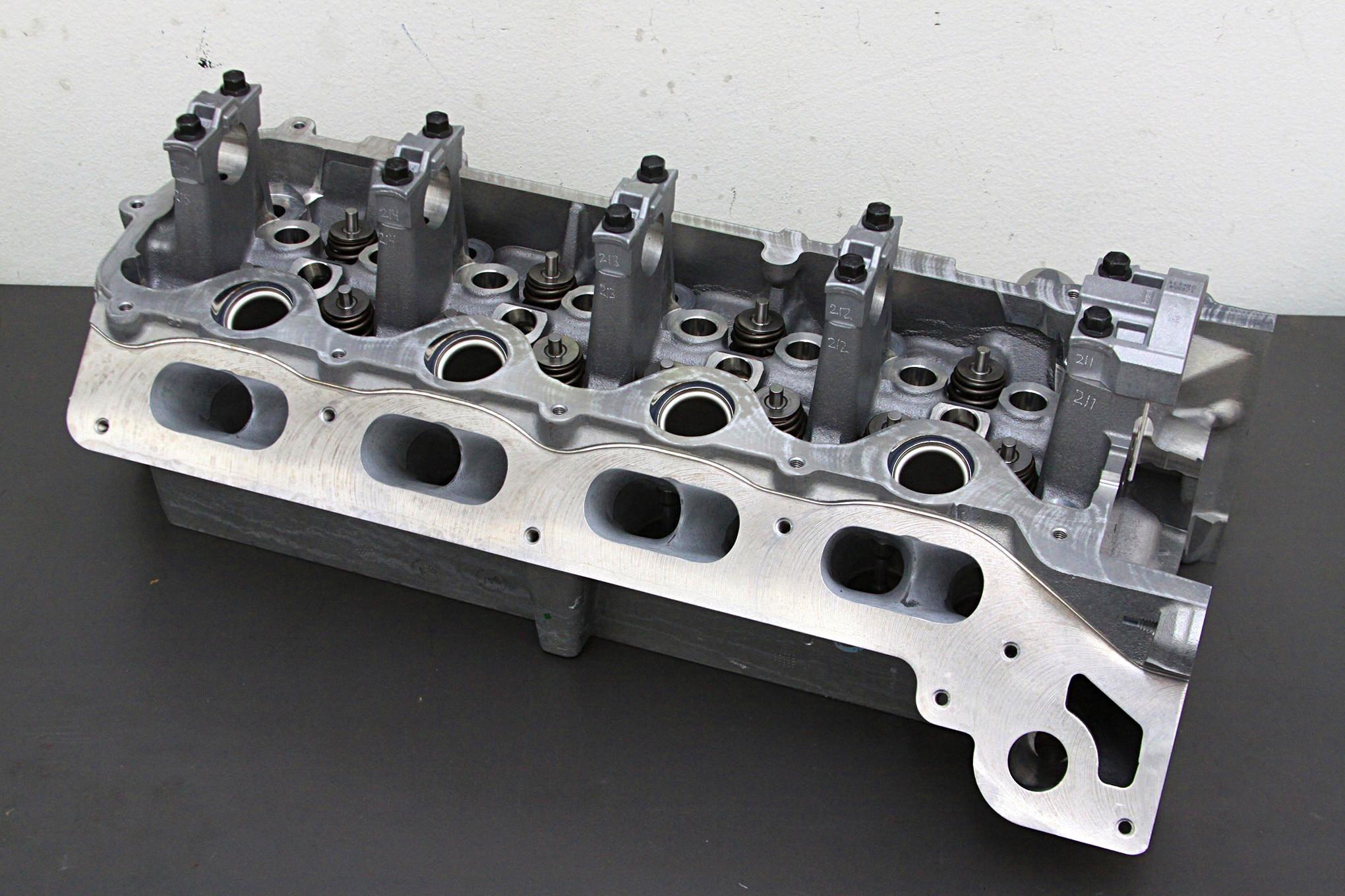 Undertstanding the Ford 4 6L/5 4L 3V SOHC V8
