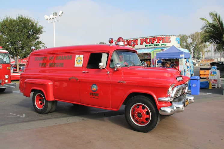 Cruise For The Cure Event 1955 1959 Gmc Fire Truck