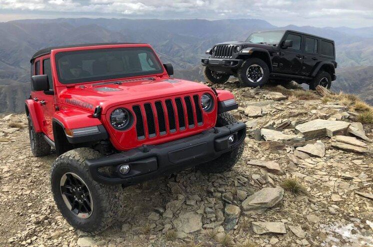 PHOTOS: Behind the Wheel of the 2018 Jeep Wrangler JL