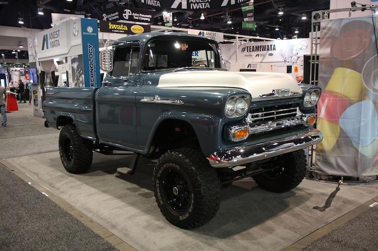 Sema 2017 1959 Chevrolet Apache 31 4x4 Front Quarter