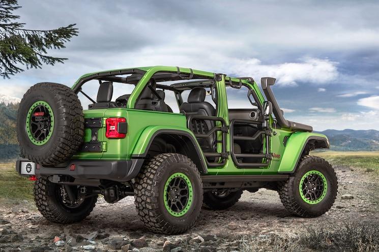 2018 Jeep JL Green Rear Profile