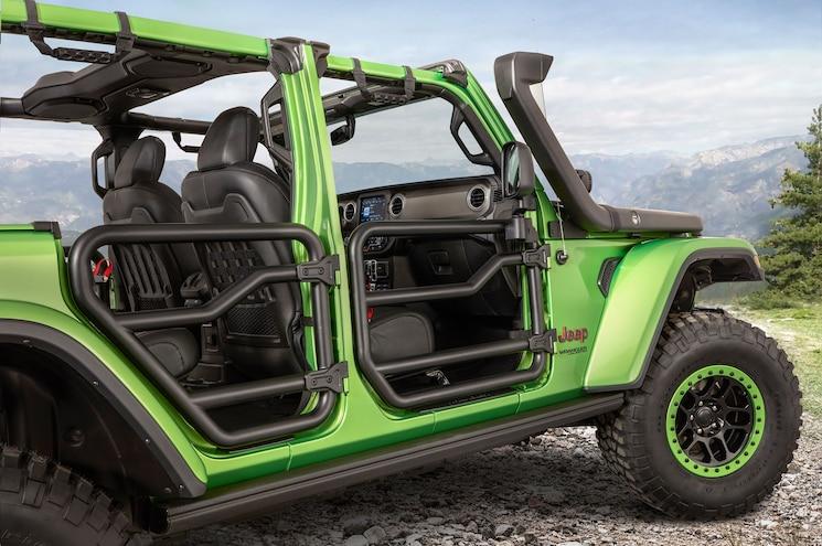Mopar Factory Customized 2018 Jeep Wranglers at LA Auto Show