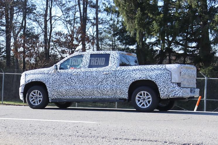 2019 Chevrolet Silverado 1500 Spied Exterior Side Rear Quarter