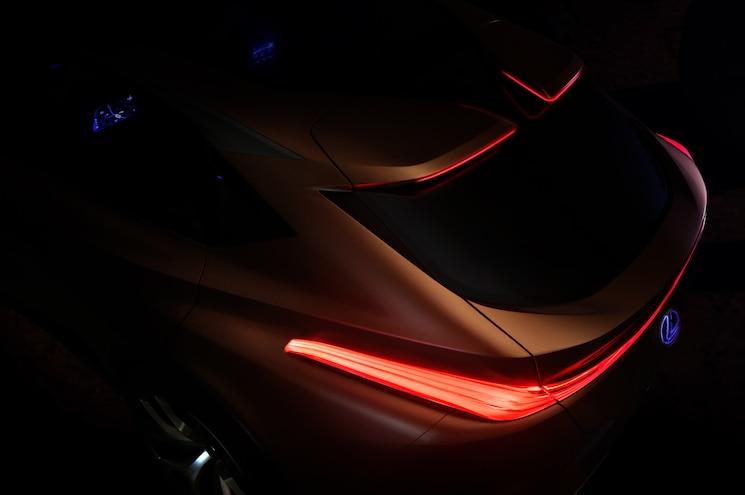 Lexus Teases LF-1 Limitless Flagship CUV Concept for 2018 Detroit Auto Show