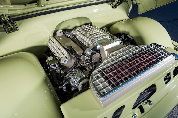 1965 Chevrolet C10 Boosted Bertha Engine