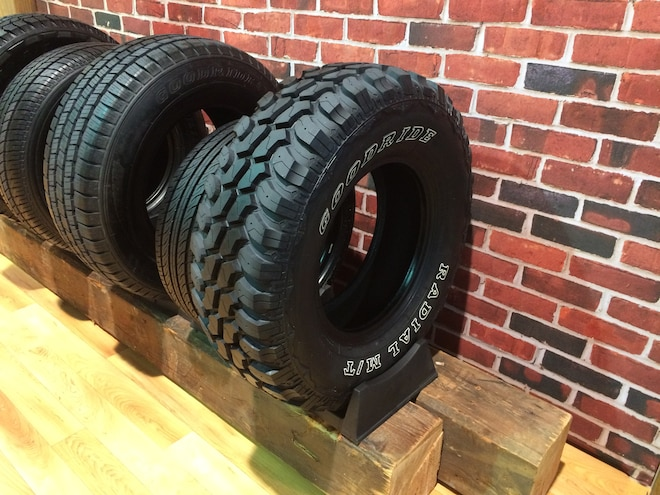 18 12 Crazy Tire Treads From The 2015 SEMA Show