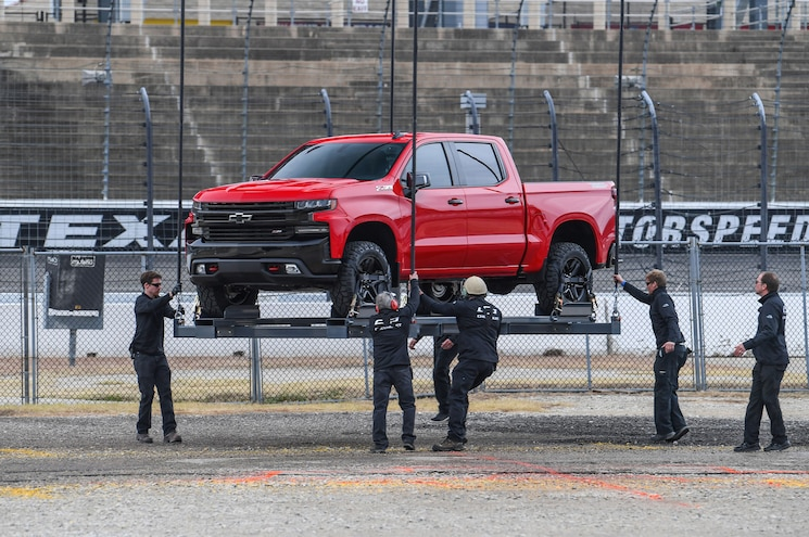 2019 Chevrolet Silverado 1500 Z71 Trailboss Reveal Unloading