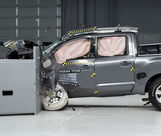 2017-2018 Nissan Titan Improves Its IIHS Driver-Side Small Overlap Front Test Rating