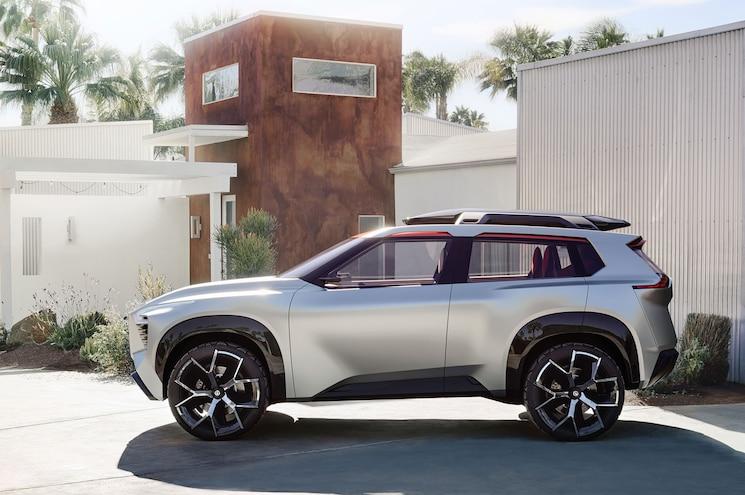 2018 Nissan Xmotion Concept Exterior Side Profile 01
