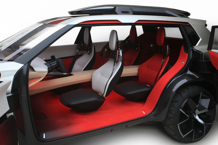 2018 Nissan Xmotion Concept Interior Front And Rear Cabin Doors Open