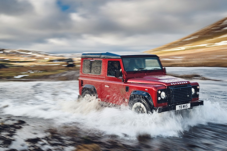 Land Rover Announces Defender V-8 for 70th Anniversary