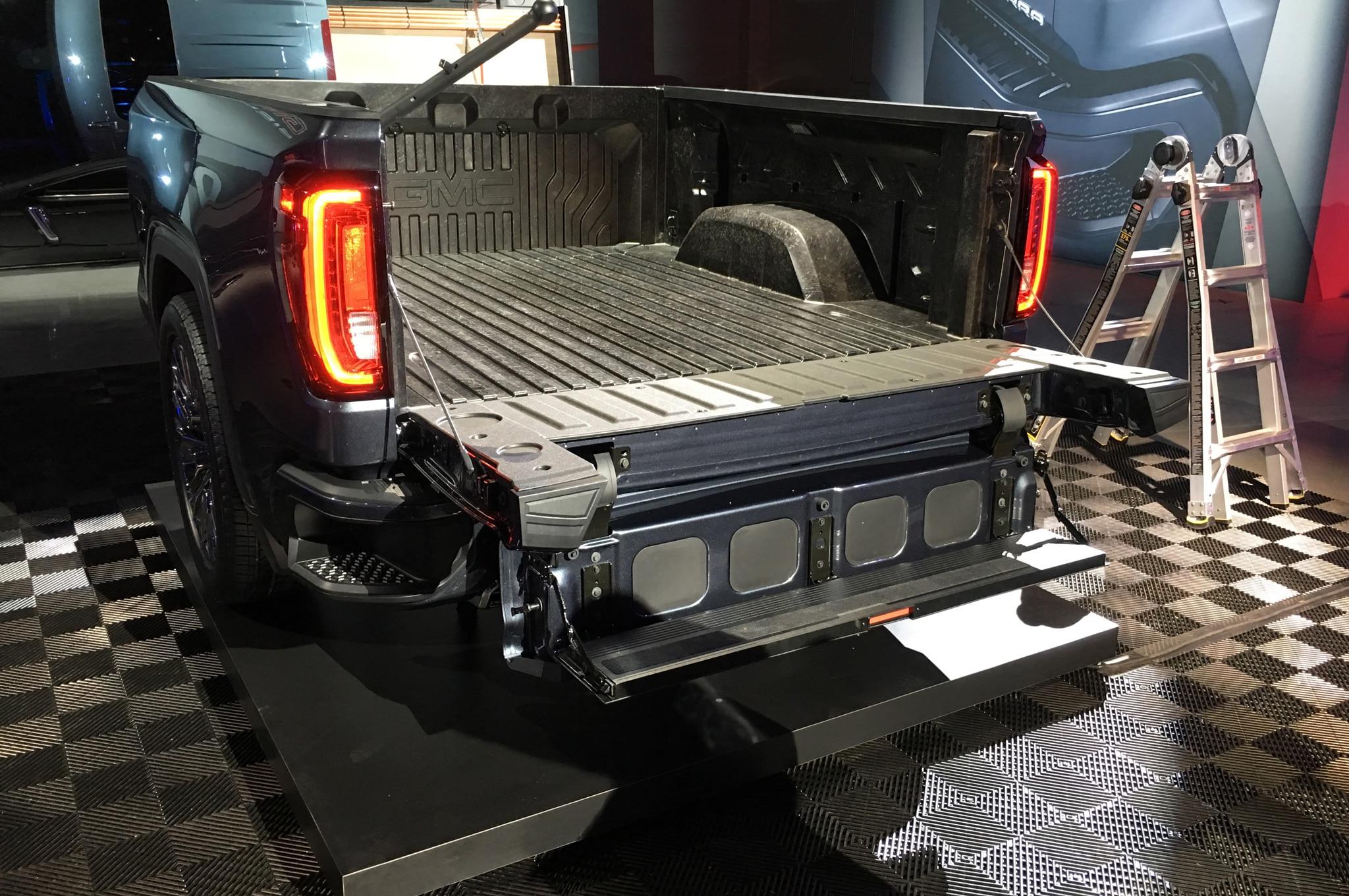 2019 Gmc Sierra Denali Drops With A Split Folding Tailgate
