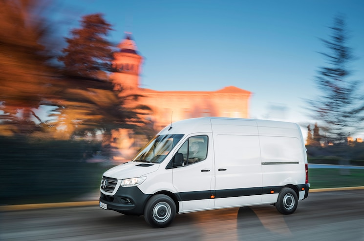 First Look – 2019 Mercedes-Benz Sprinter
