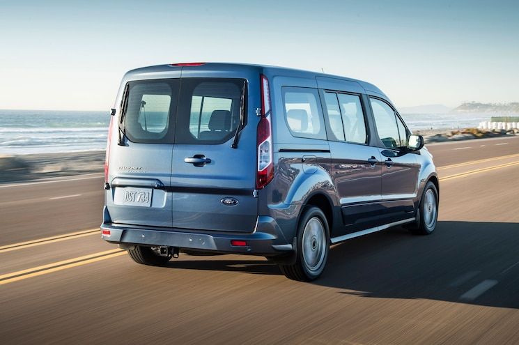 2019 Ford Transit Connect Wagon Exterior Rear Quarter 01