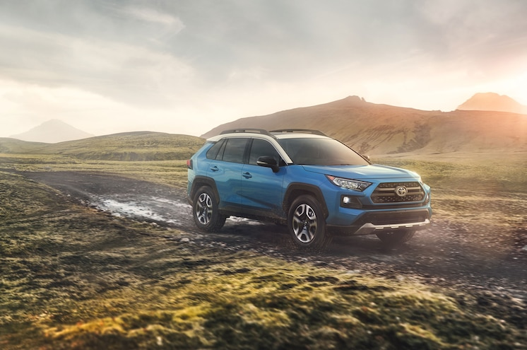 NYIAS 2018 – All-New 2019 Toyota RAV4 Takes the Stage in New York