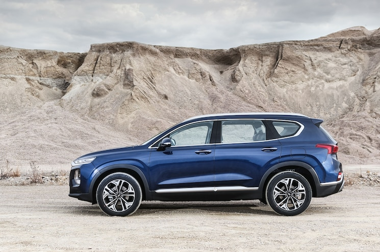 2019 Hyundai Santa Fe Exterior Side Profile