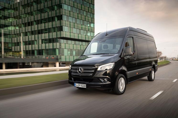 2019 Mercedes Benz Sprinter Passenger Exterior Front Quarter 01
