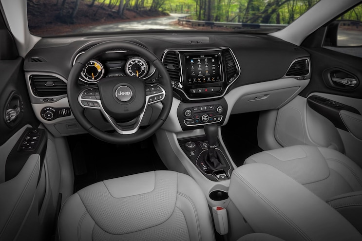 2019 Jeep Cherokee First Drive Interior