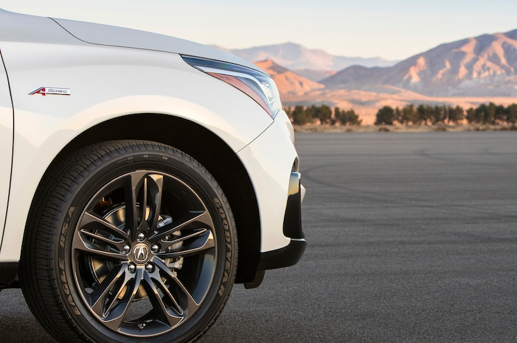 Acura Teases Production 2019 RDX for New York